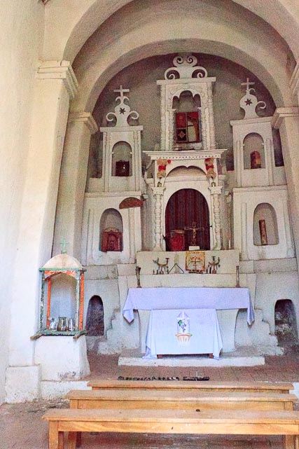 Inside, Huchusuma chapel is adorned simply, but attractively