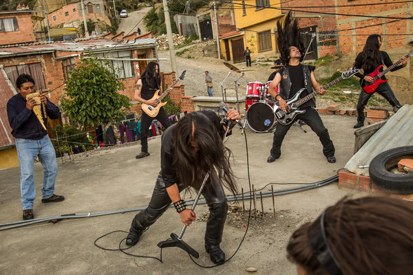 NYT photo of Armadura making a music video in La Paz